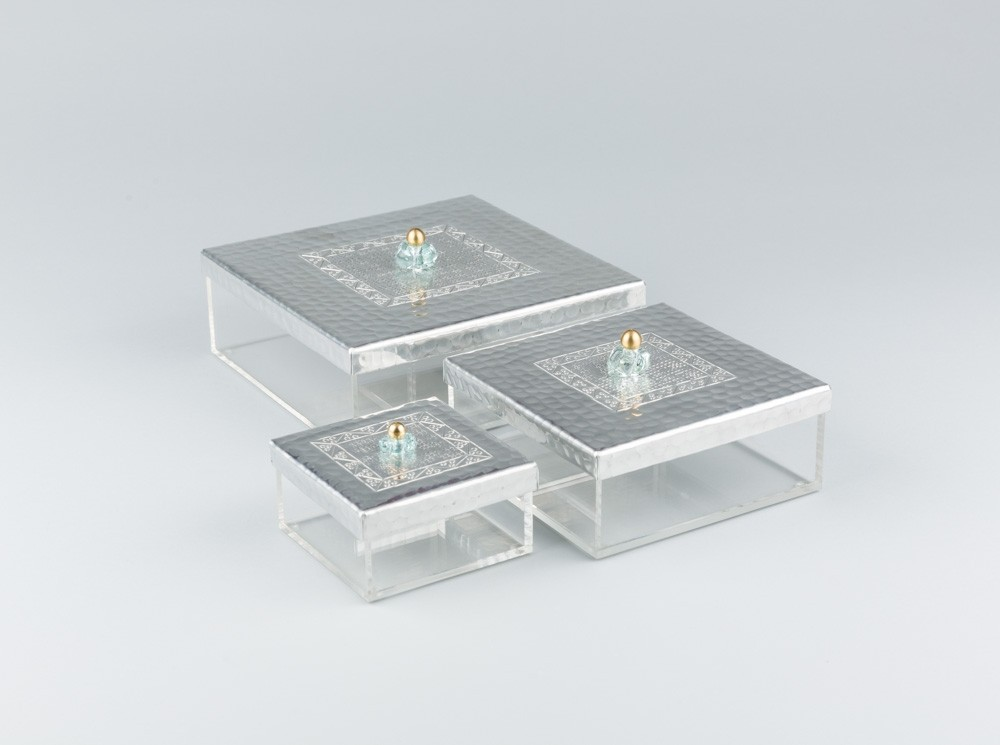 Square Transparent box with Engraved Top