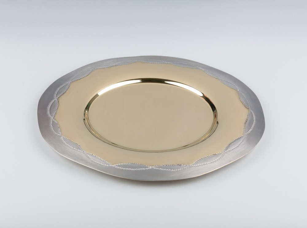 Ecume Charger Plate