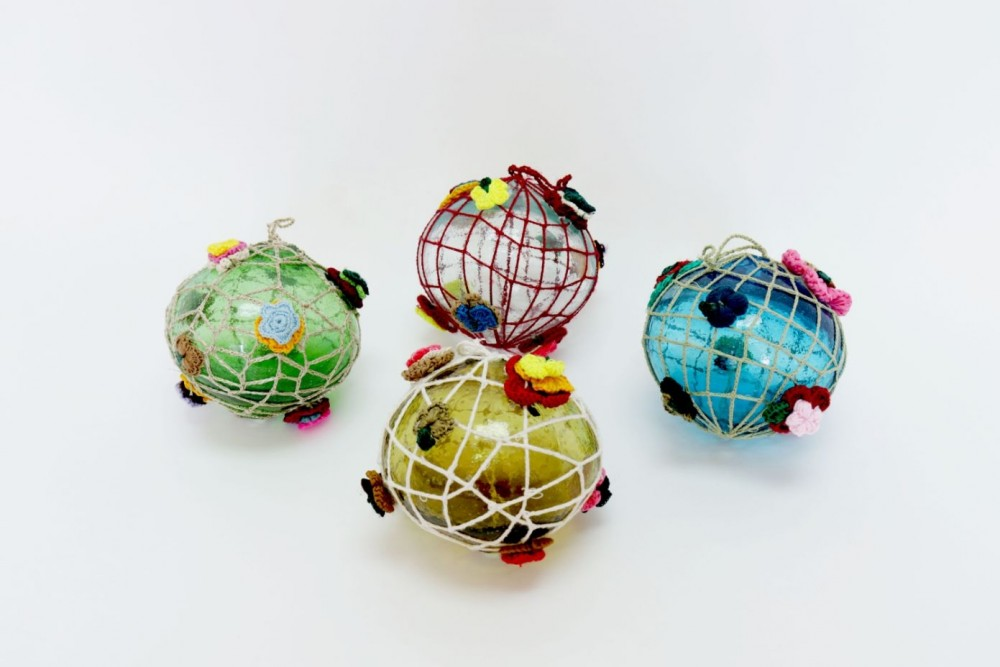 Christmas Ornament in Blown Glass with Crochet Set of 4
