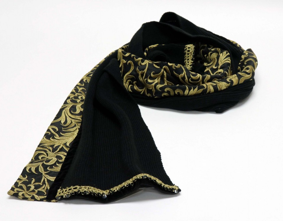 Black Woolen Scarf with Silk Band and Velvet Ribbon