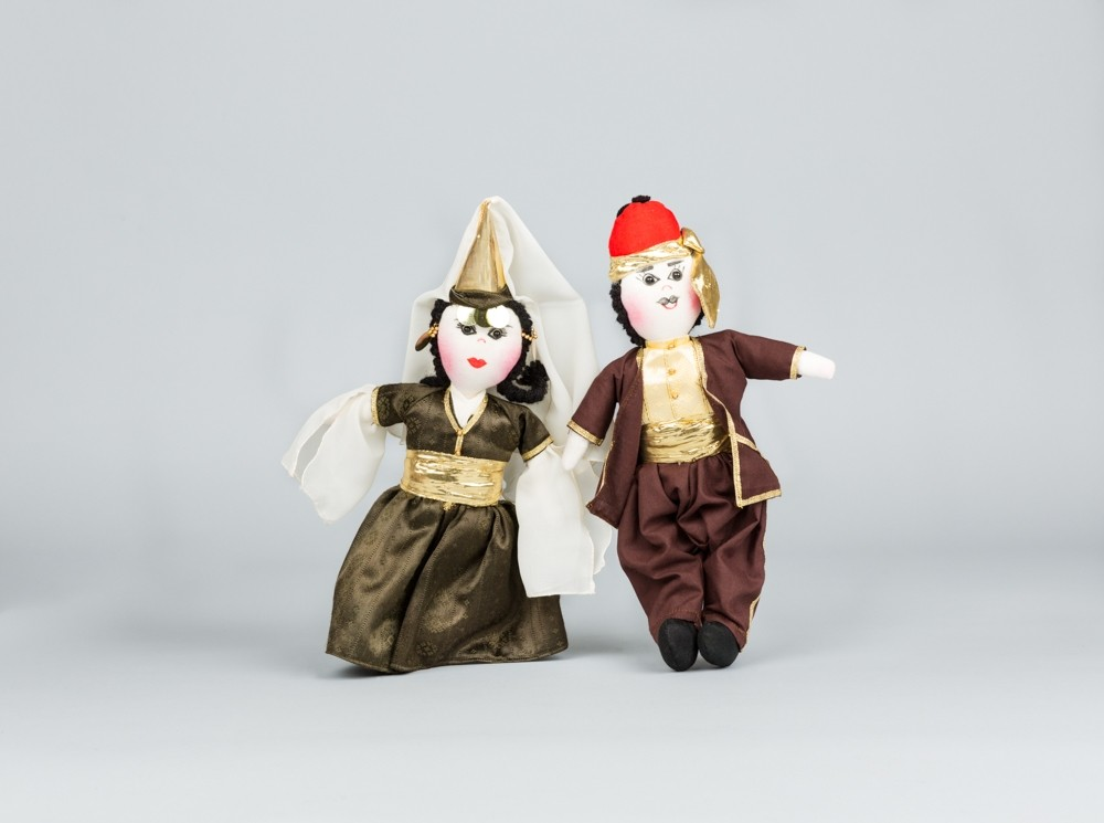 Large Brown Folkloric Dolls